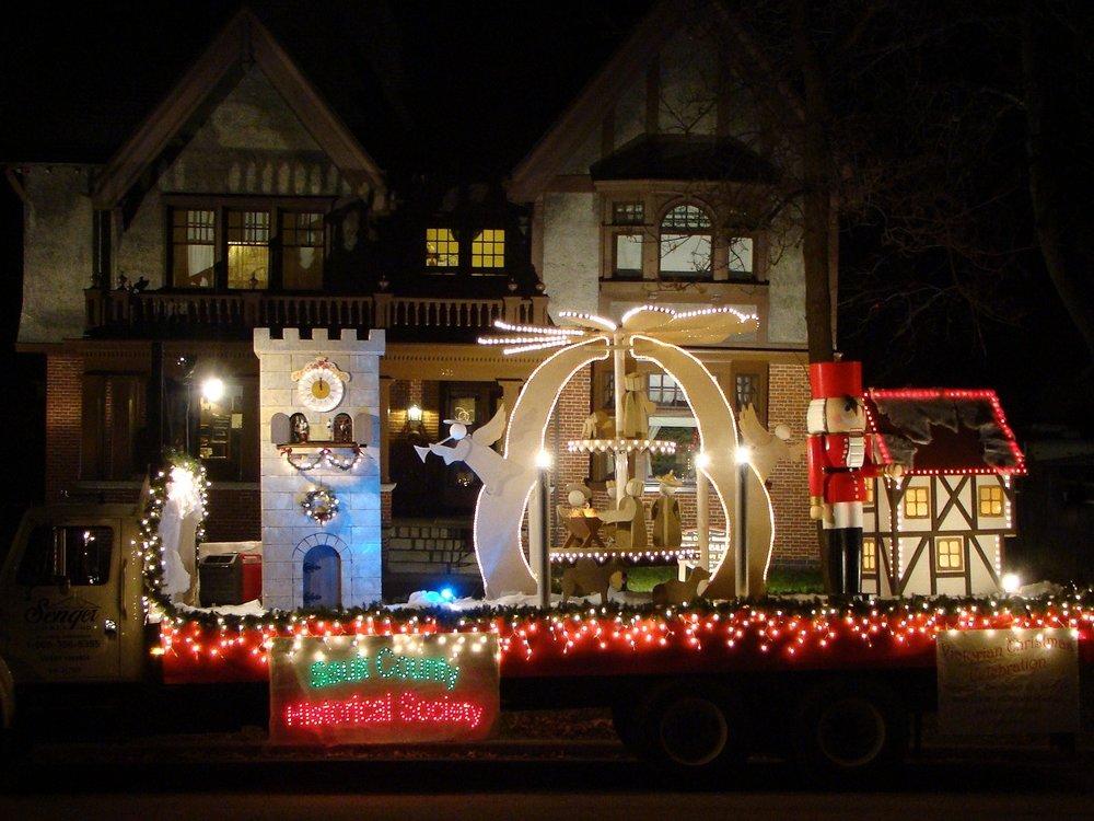 Baraboo Christmas,as Light Parade Photo Tour