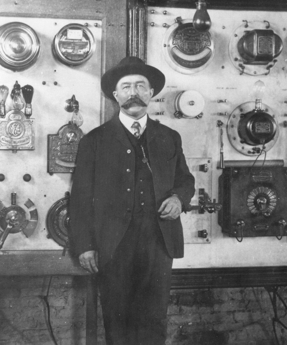 Ed McCauley inside Reedsburg Power House, early 1900s.
