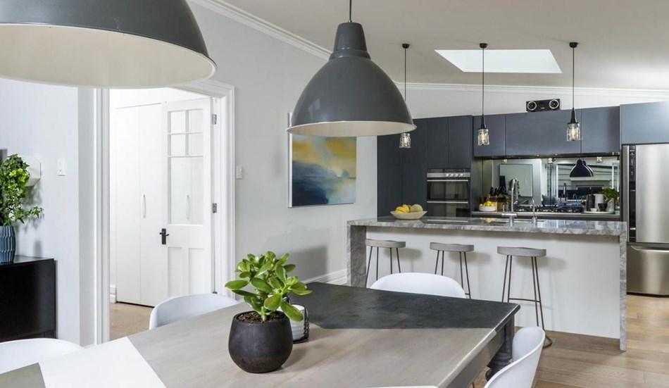 home-wiring-1470126-23-listing-v1.jpg