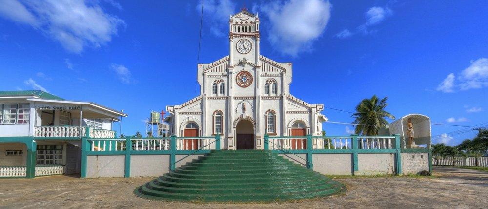 Hakula Lodge Tonga_Church_Neiafu.jpg