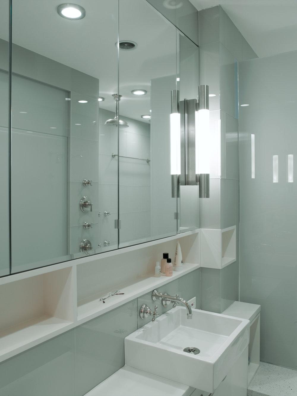 bath.1.1.JPG