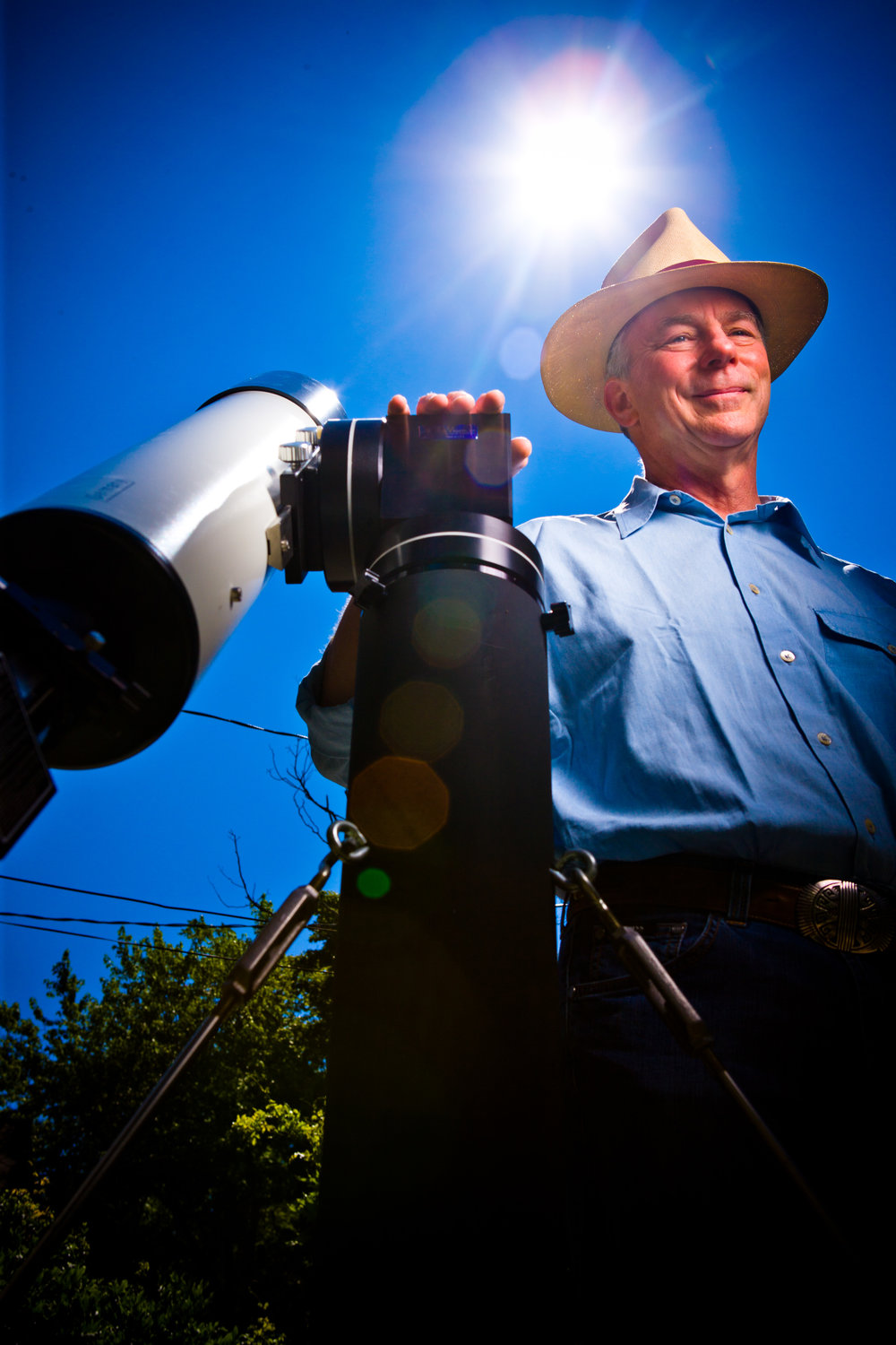 UB Alumni Alan Friedman Amateur Astronomer in His Back Yard