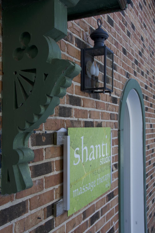 DSC_2930 SHANTI WALL ORNATE DOOR THING...!  1500 pix....jpg