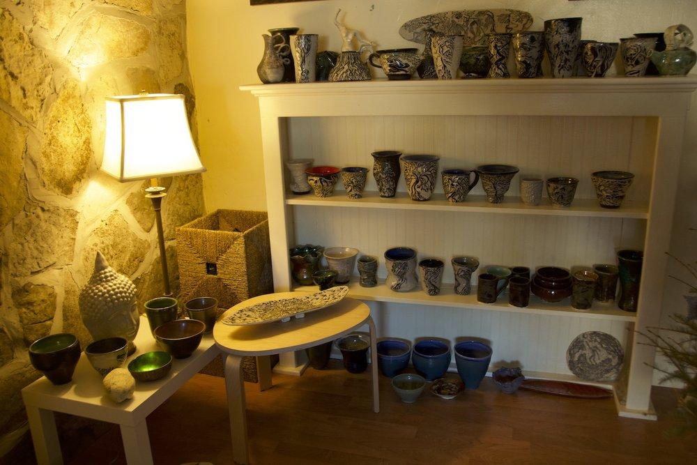 DSC_2832 pottery...1500 pix copy.jpg