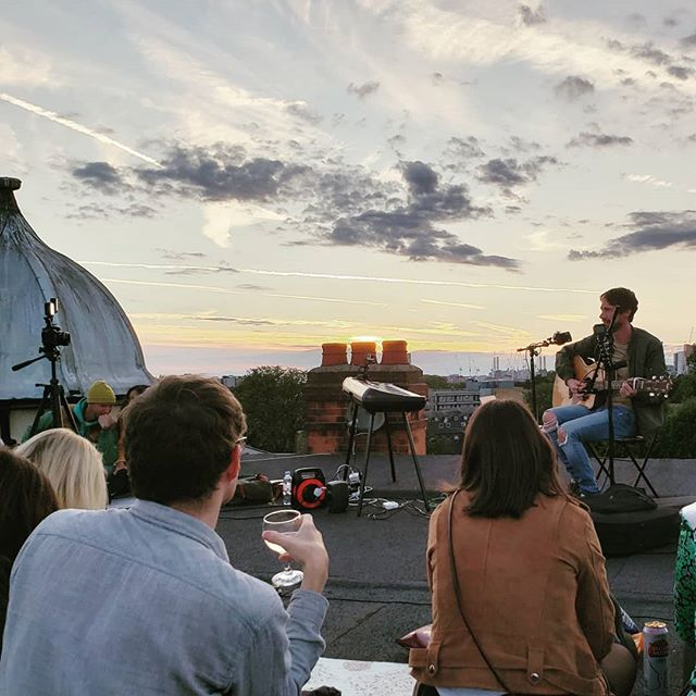 Exclusive #VIP #rooftoop #sunset #gig from #legendary @stevekopandy AHH #sweetsummermoment #brixton #london #nofilter #wishyouwerehere