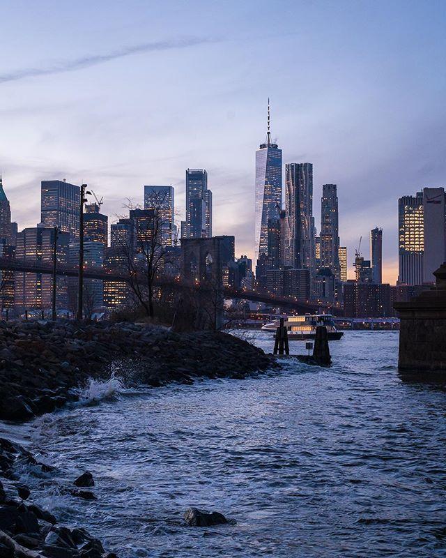 Dusk in #newyorkcity #sonyalpha #newyorker #picoftheday #worldtradecenter #oneworldtrade #dumbo #brooklyn #brooklynbridge #nyclife #urbanandstreet #newyorkcityphotographer #skyline #instagood #bigapple