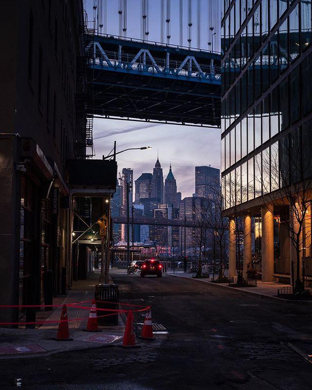Back to #dumbo #brooklyn #urbanandstreet #sonyalpha #newyorkcity #icapture_nyc #newyorkcityphotographer #manhattanbridge #ig_nyc #ig_nycity #nycprimeshot #igersnyc