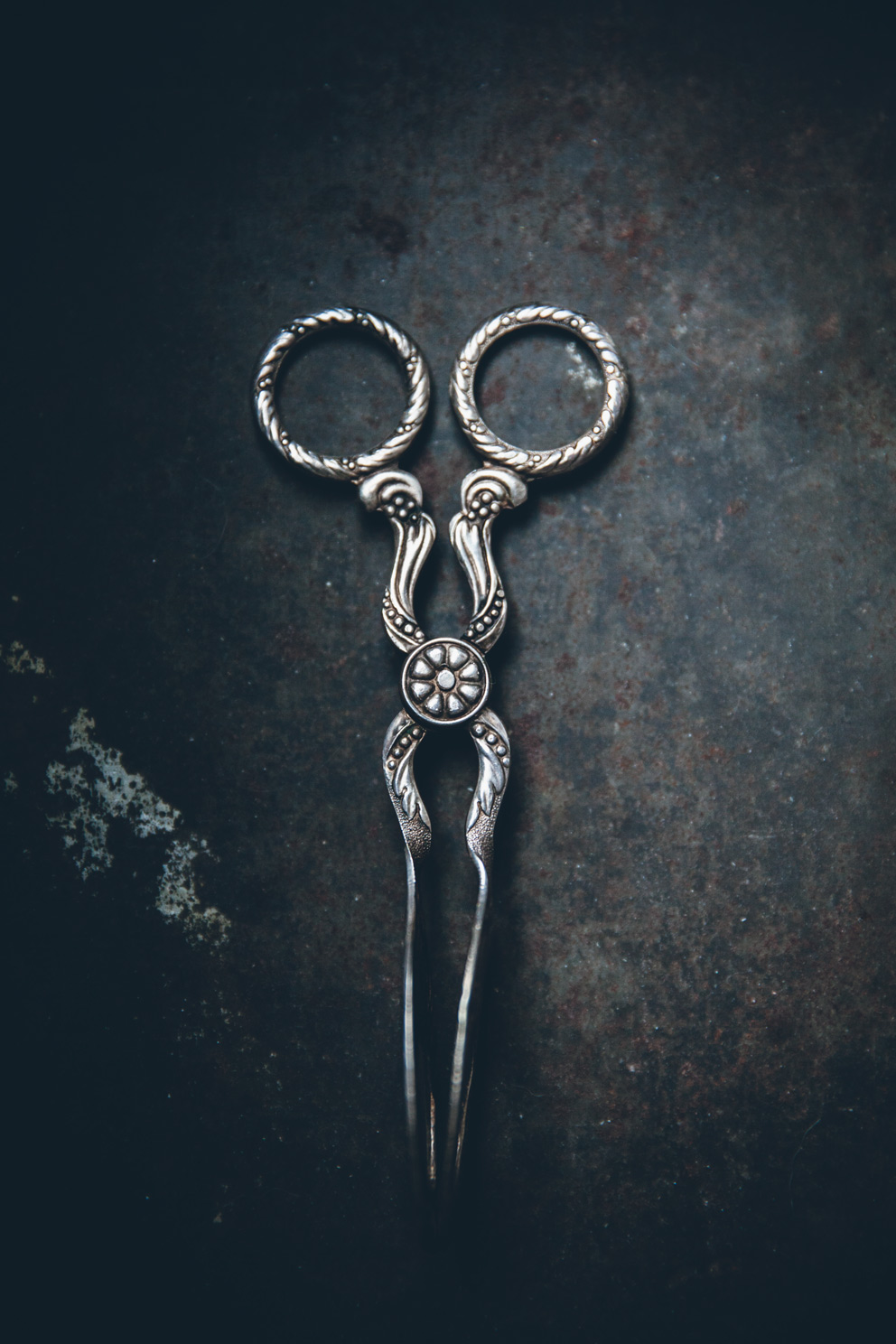 Gorgeous  vintage cookie tongs