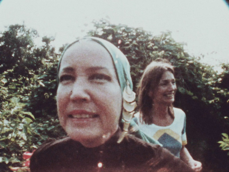 Edith Bouvier Beale, Caroline Lee Radziwill in a still from 'That Summer' by Göran Hugo Olsson  Photo © Peter Beard