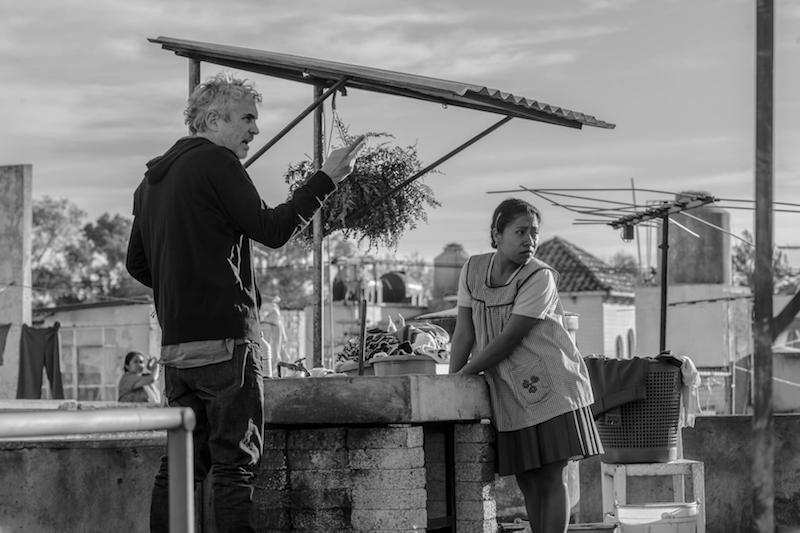 Alfonso Cuarón directs Yalitza Aparicio on the set of 'Roma', photo by Carlos Somonte for Netflix