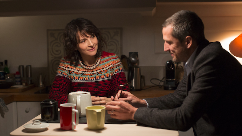 Juliette Binoche and Guillaume Canet in Olivier Assayas' 'Doubles Vies'
