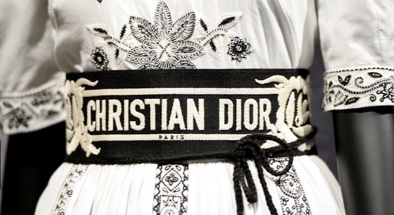 Christian Dior exhibit at V & A