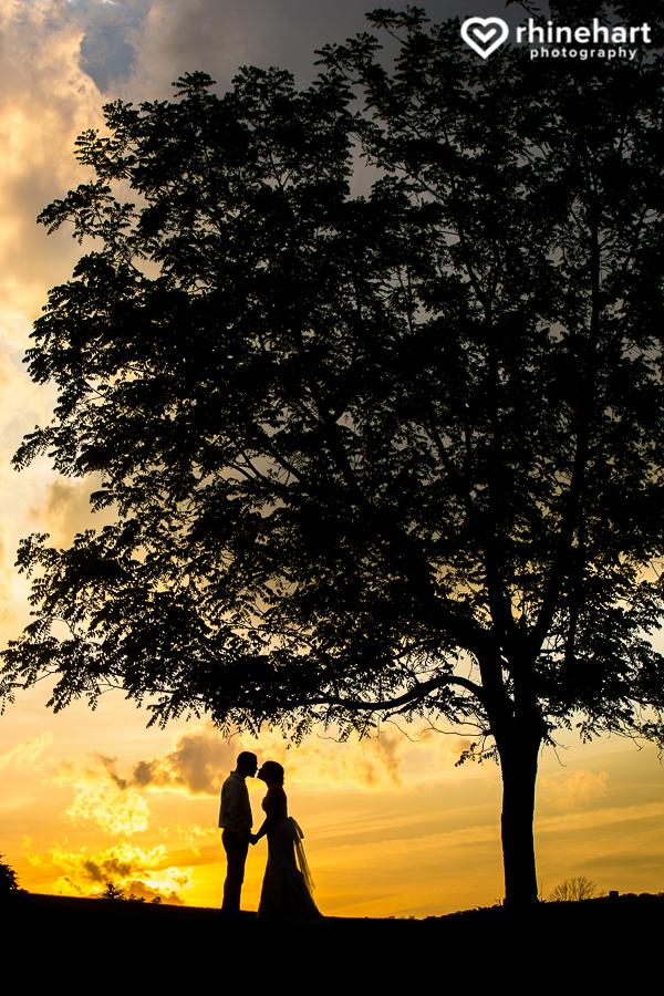 Gillbrook-Farms-Wedding-photographers best creative-50.jpg