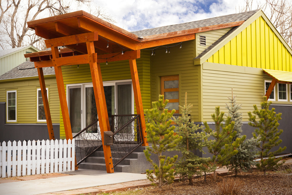 timberframe_front_entry_fort Collins.jpg