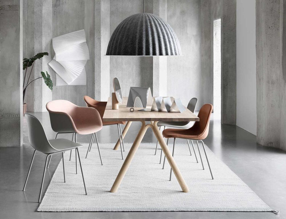 1513845521128195muuto-fair-imm-cologne.jpg