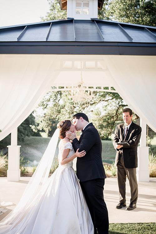 Bride and groom 13.jpg