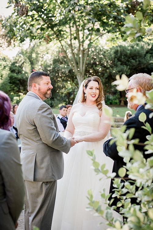 Bride and groom 10.jpg