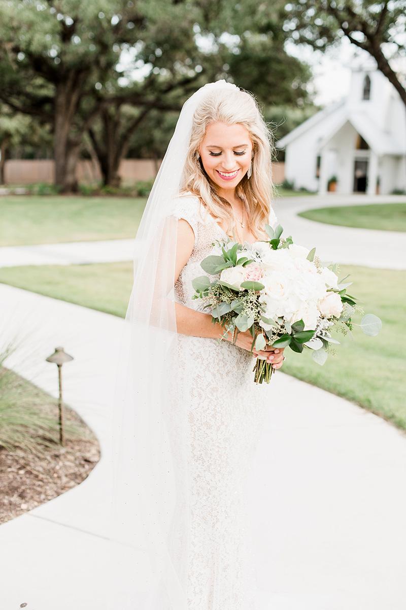 Wedding veil hair inspiration 18.jpg