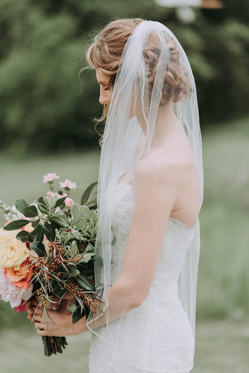 Wedding veil hair inspiration 16.jpg
