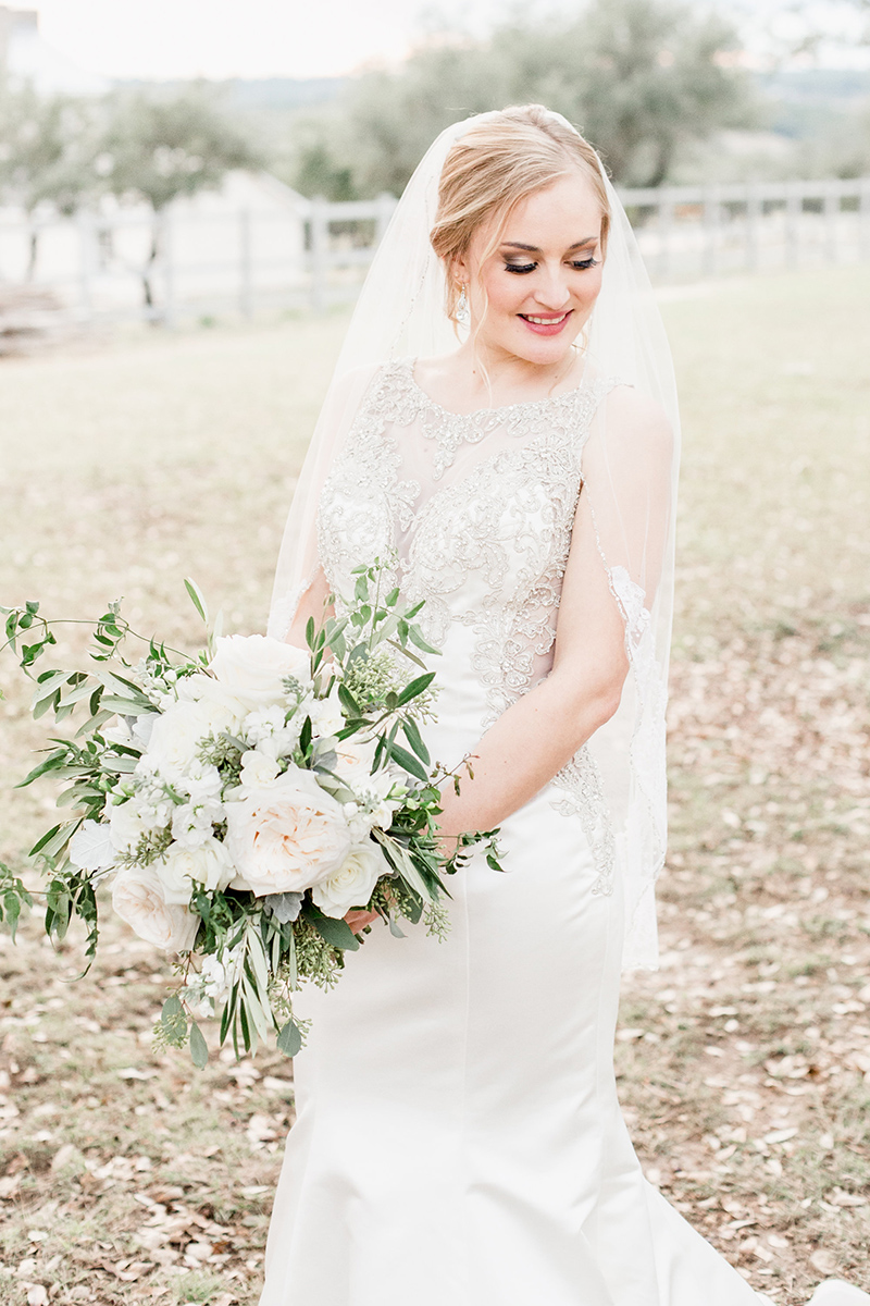 Wedding veil hair inspiration 8.jpg