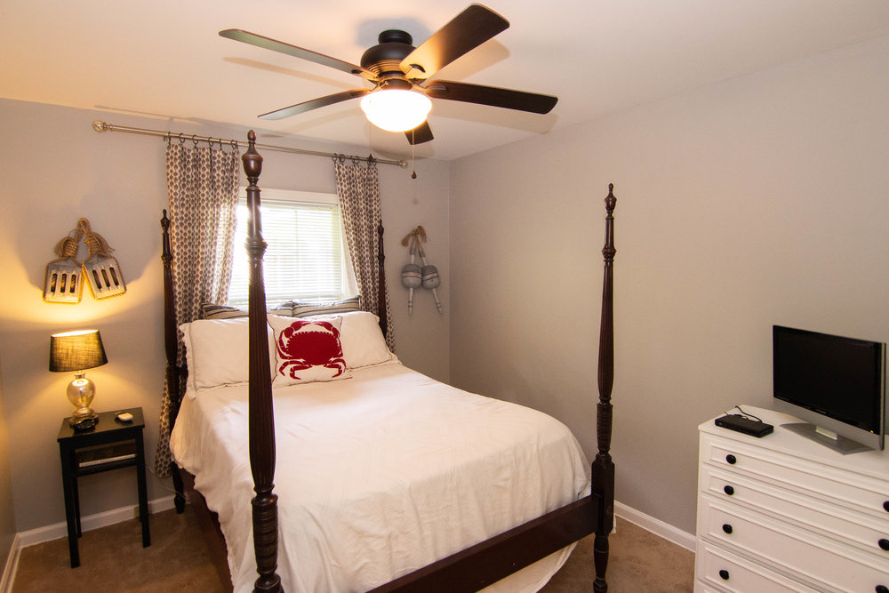 08 Bedroom 1.jpg