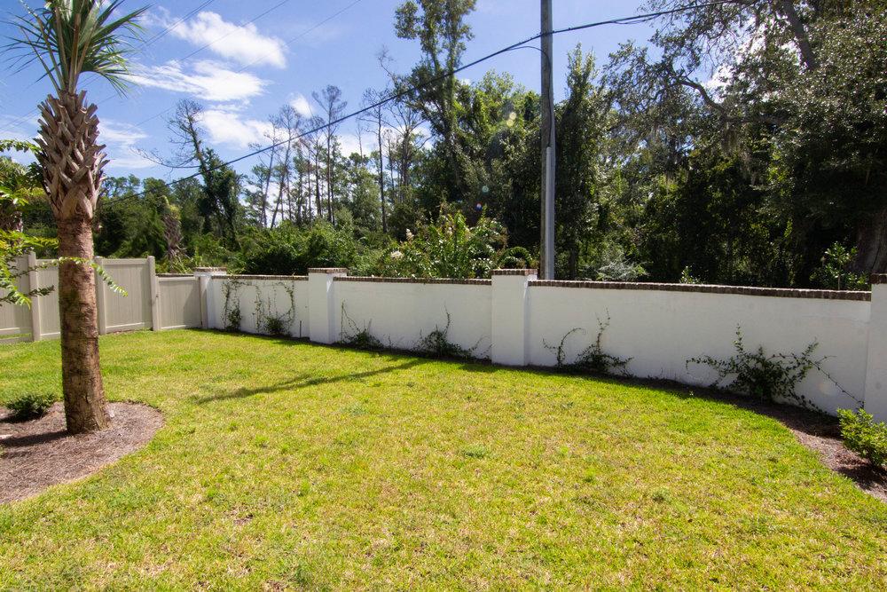 31 Backyard.jpg