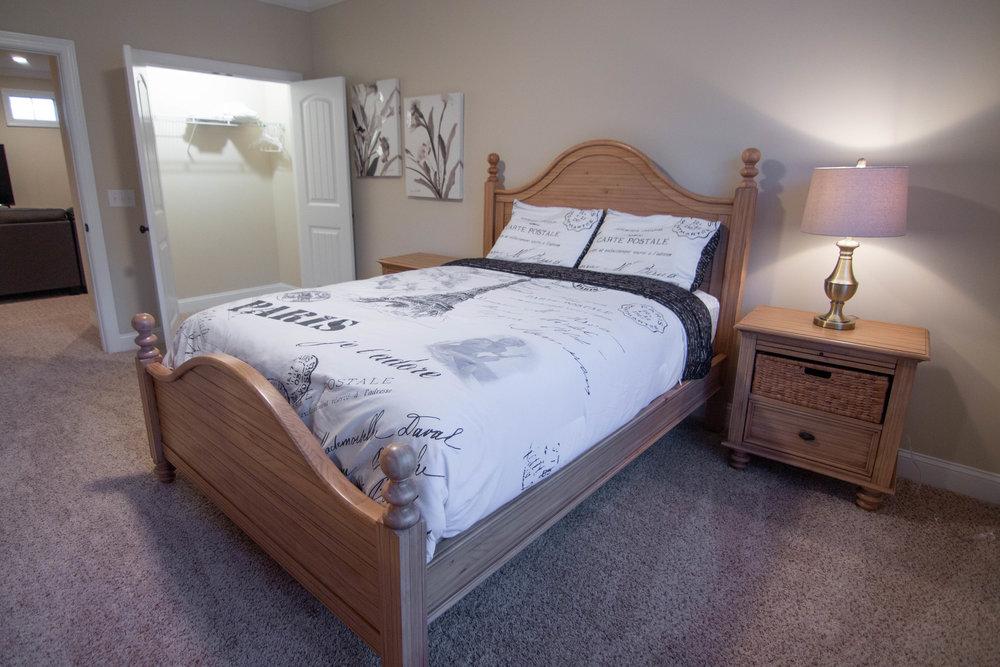 25 Bedroom 2.jpg