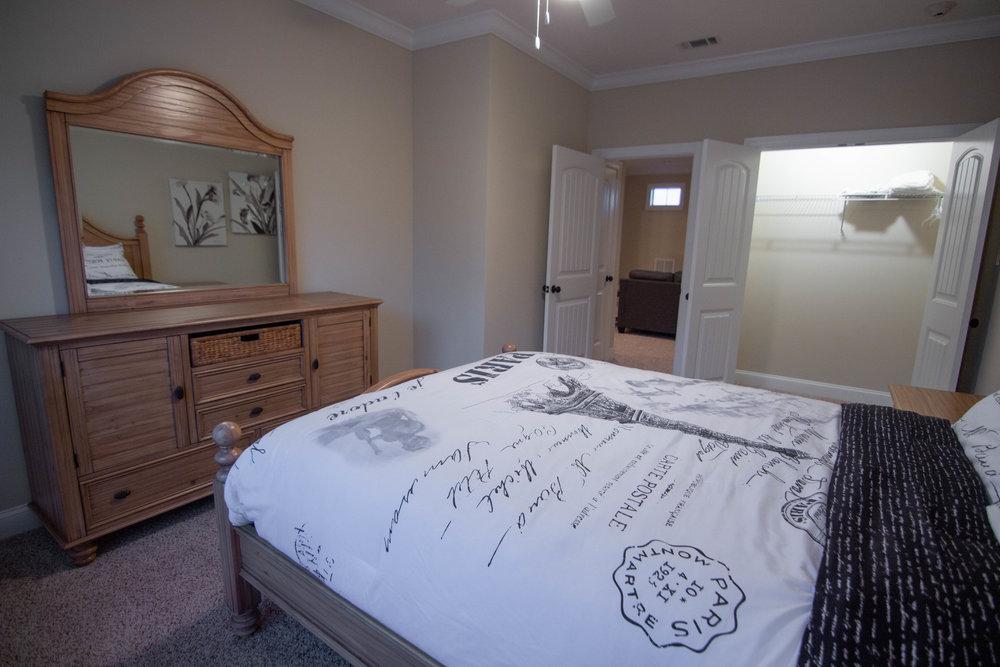 26 Bedroom 2.jpg