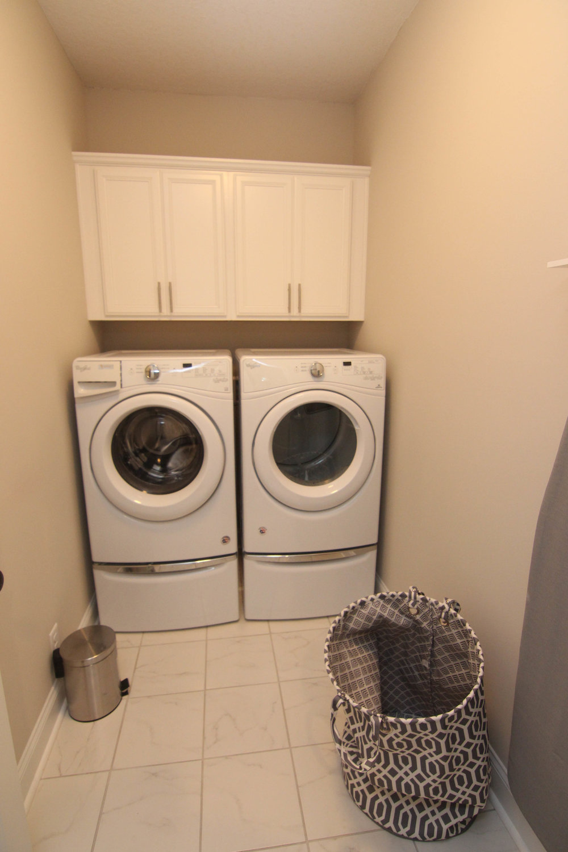 06 Laundry Room.jpg