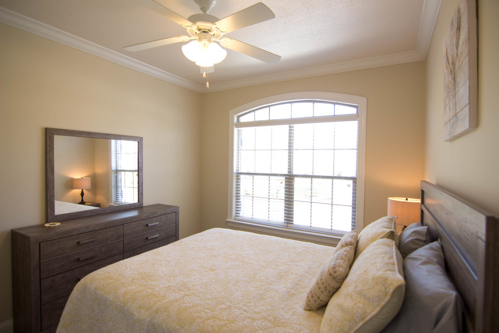 22 bedroom.jpg