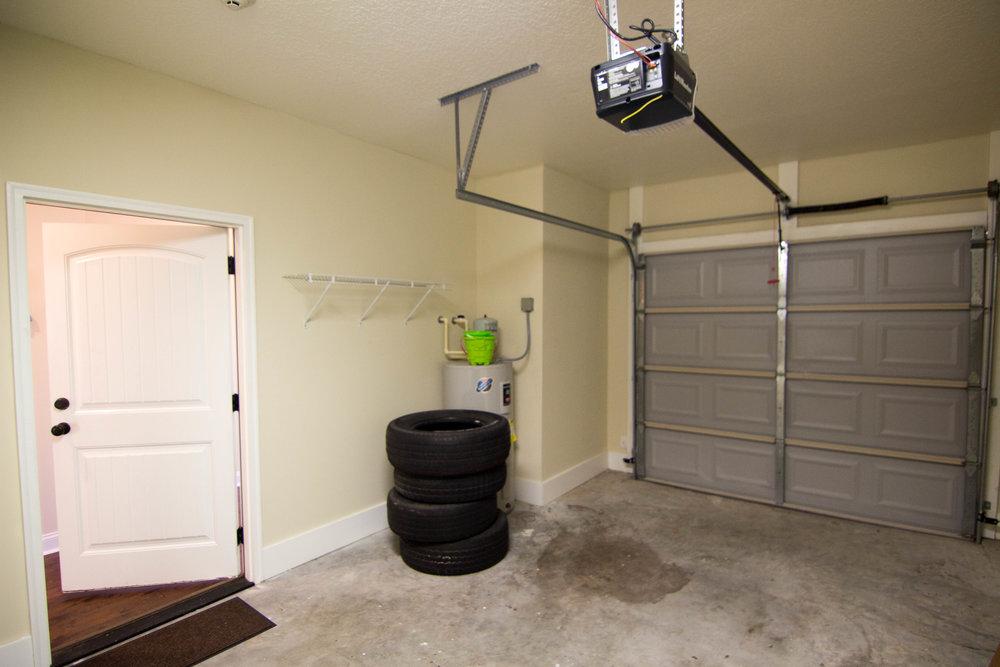 29 garage.jpg