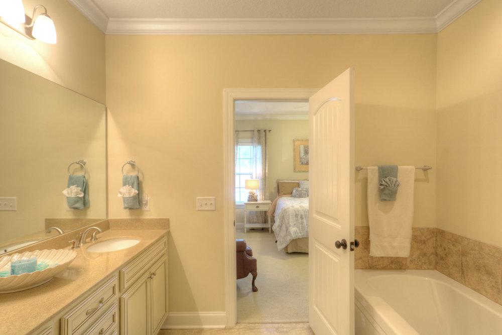 14 Master Bathroom.jpg