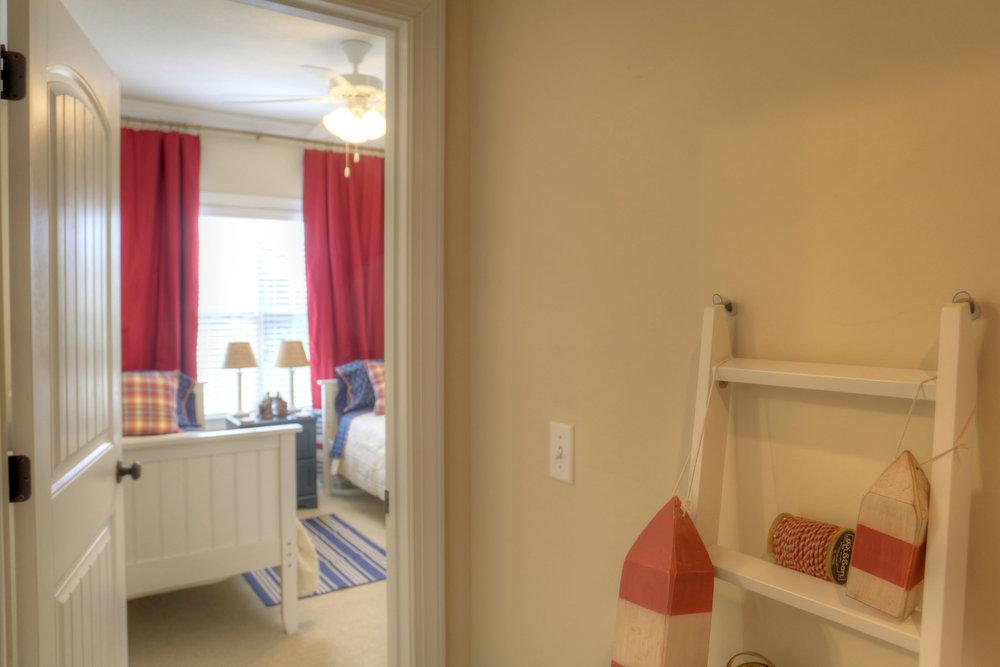 16 Bedroom 2.jpg