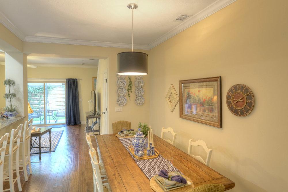 5 Dining Room.jpg