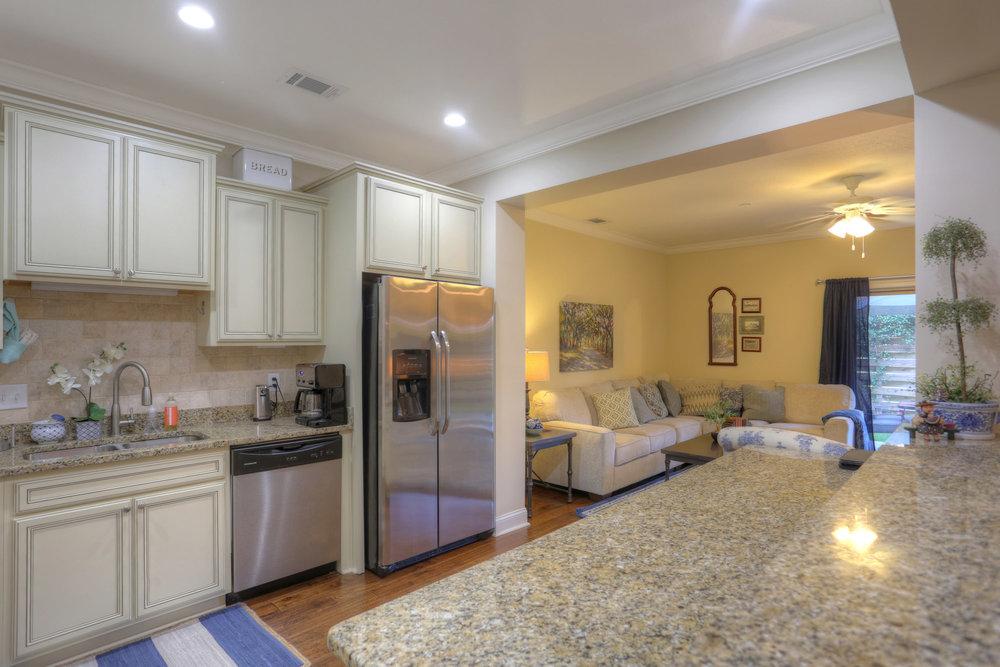 9 Kitchen View.jpg