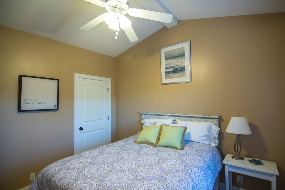 16 Bedroom 1.jpg