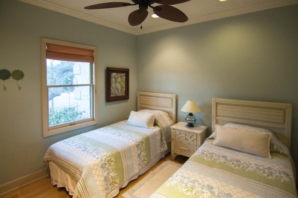 14 Twin Bedroom.jpg