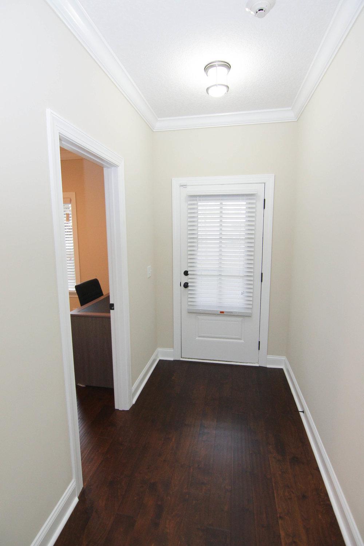 02 Foyer.jpg