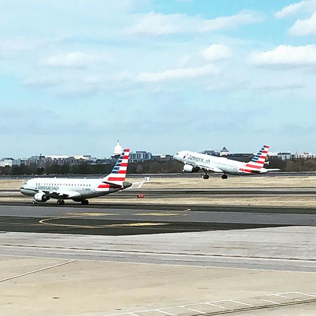 I never tire of DCA action! Time flies when you're a #planespotting #avgeek  just waiting around @reagan_airport