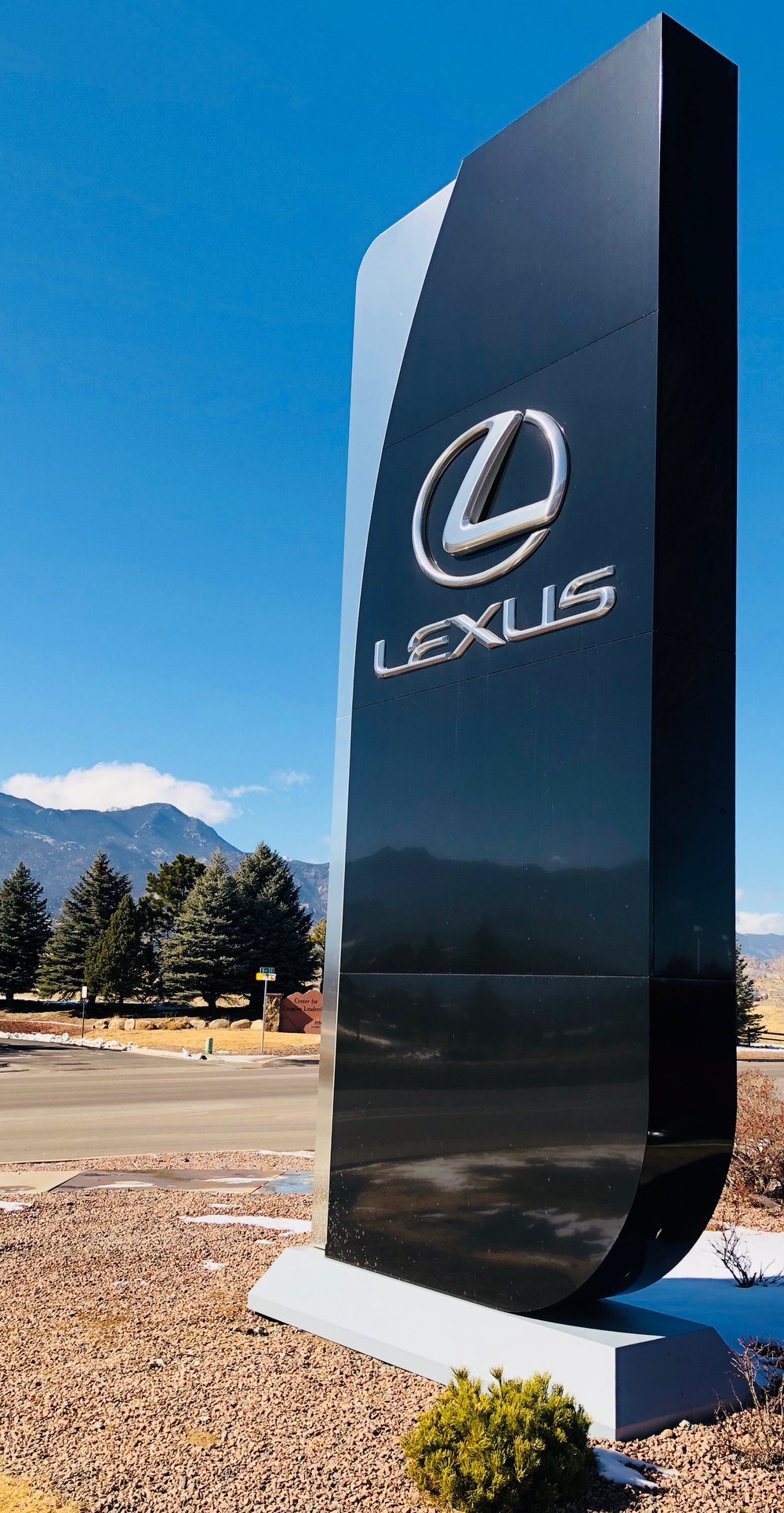 Lexus 1.jpeg
