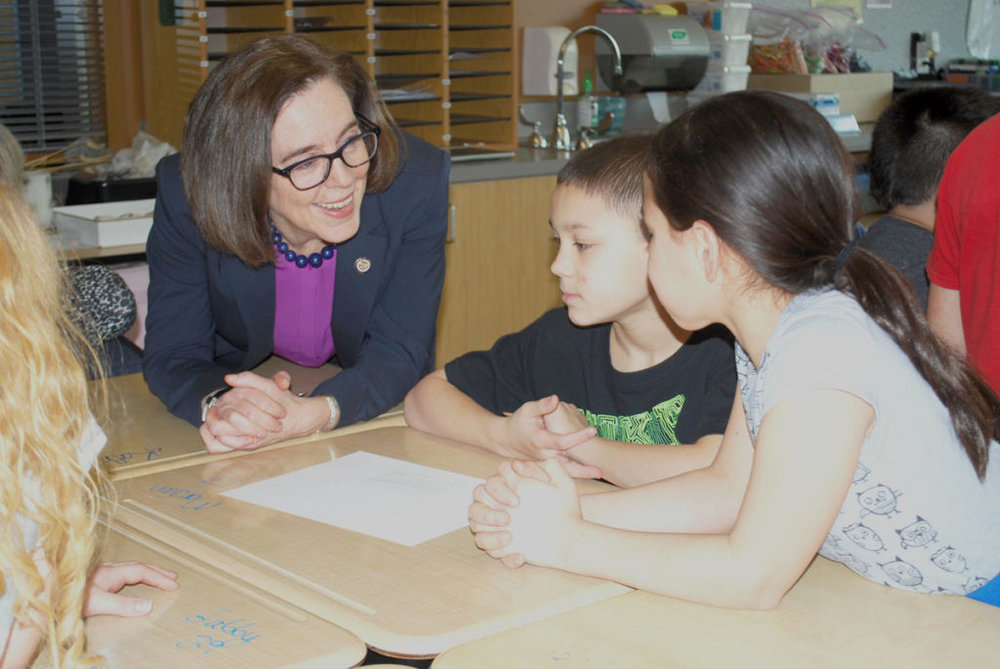 Governor Kate Brown meeting students at Quatama Elementary School, Hillsboro