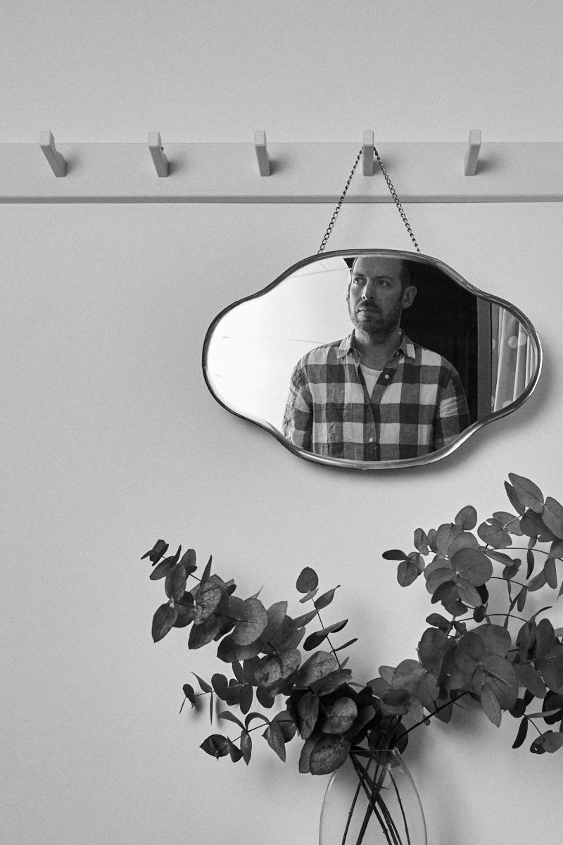 man-in-mirror.jpg