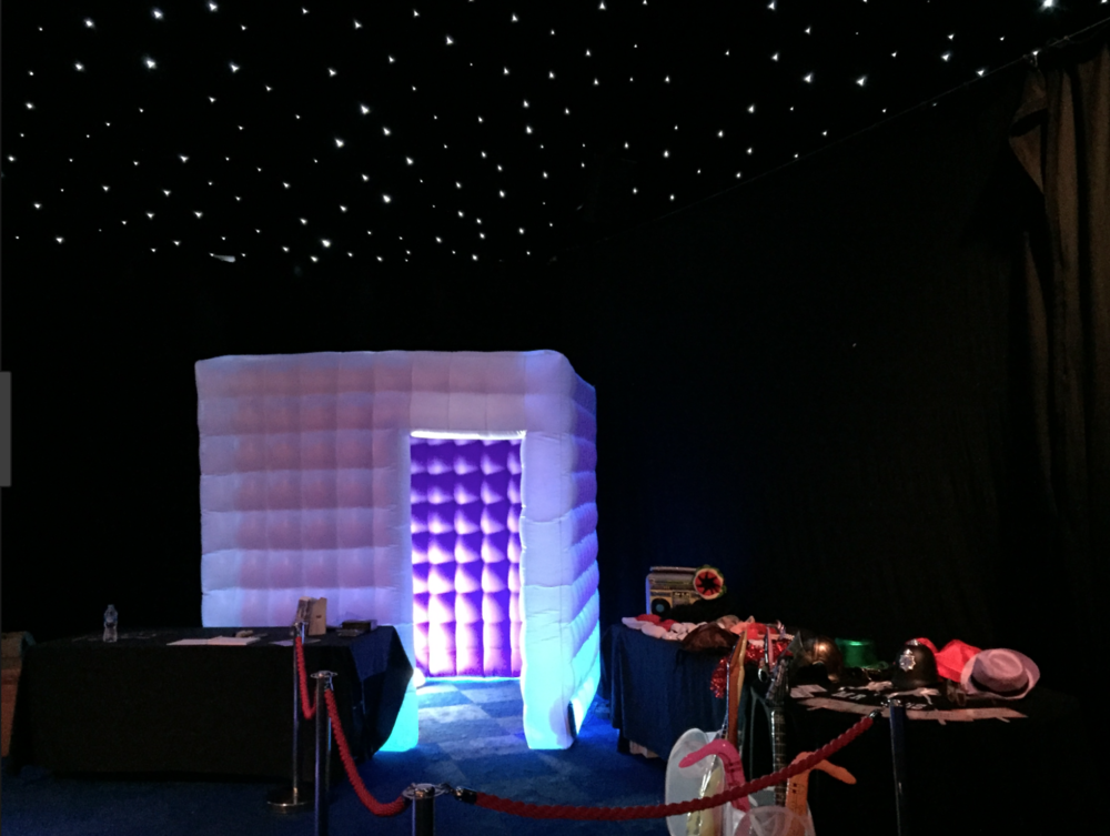 Copy of inflatable-led-photobooth