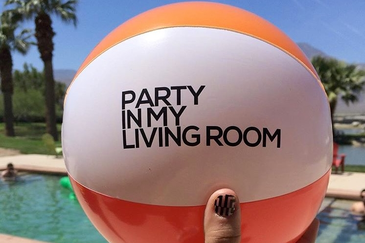 branded-inflatable-beach-ball