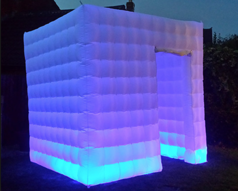 led-inflatable-cube