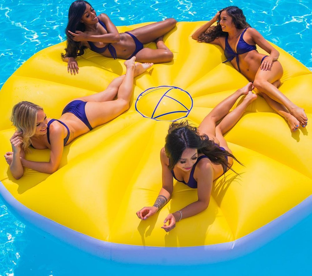 custom-pool-floats
