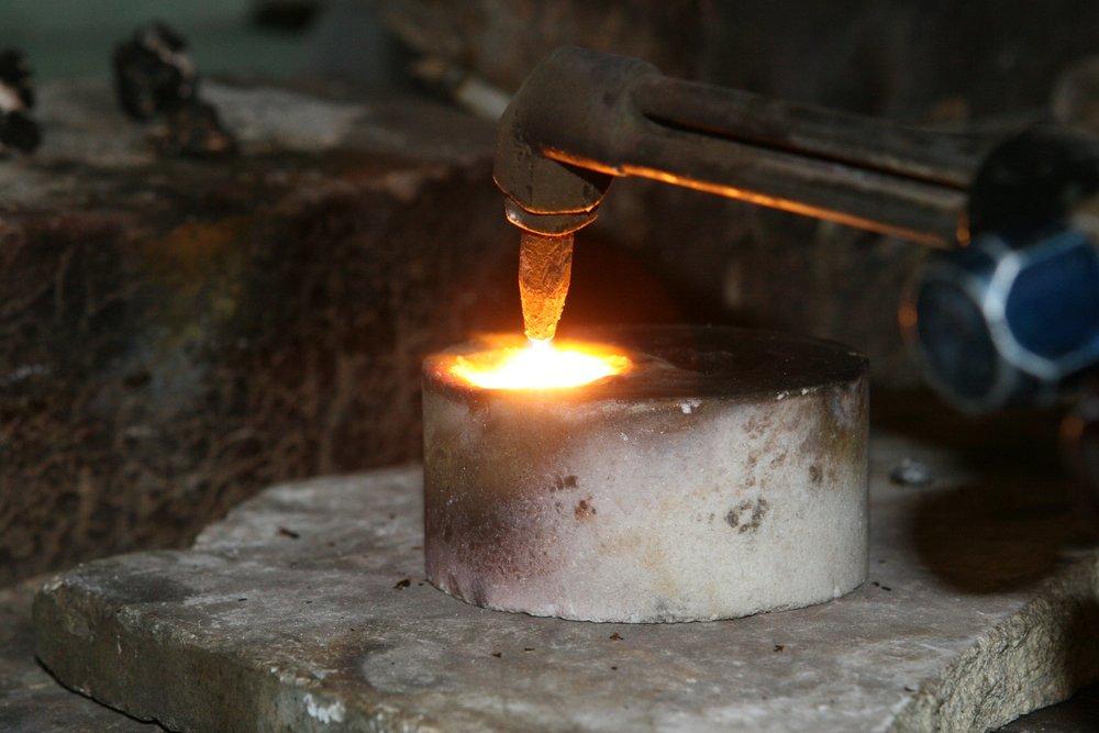 aluminum-artisan-brass-259265.jpg