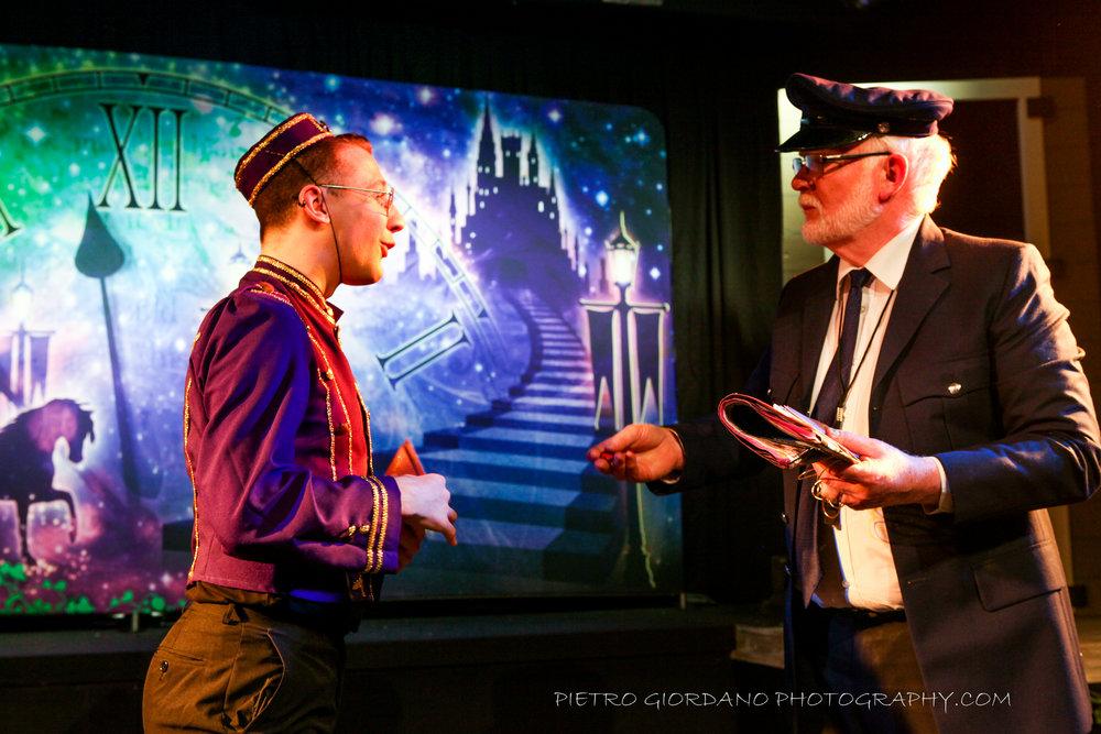 13. Chris Hunter- Buttons and Steve Morris- Postman Pete.jpg