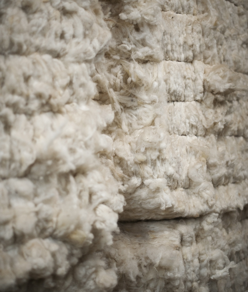 SCOURED WOOL - Scoured wool has been cleaned, to ensure it's in the best state to be sold on to a customer, whichever sector they may be in.