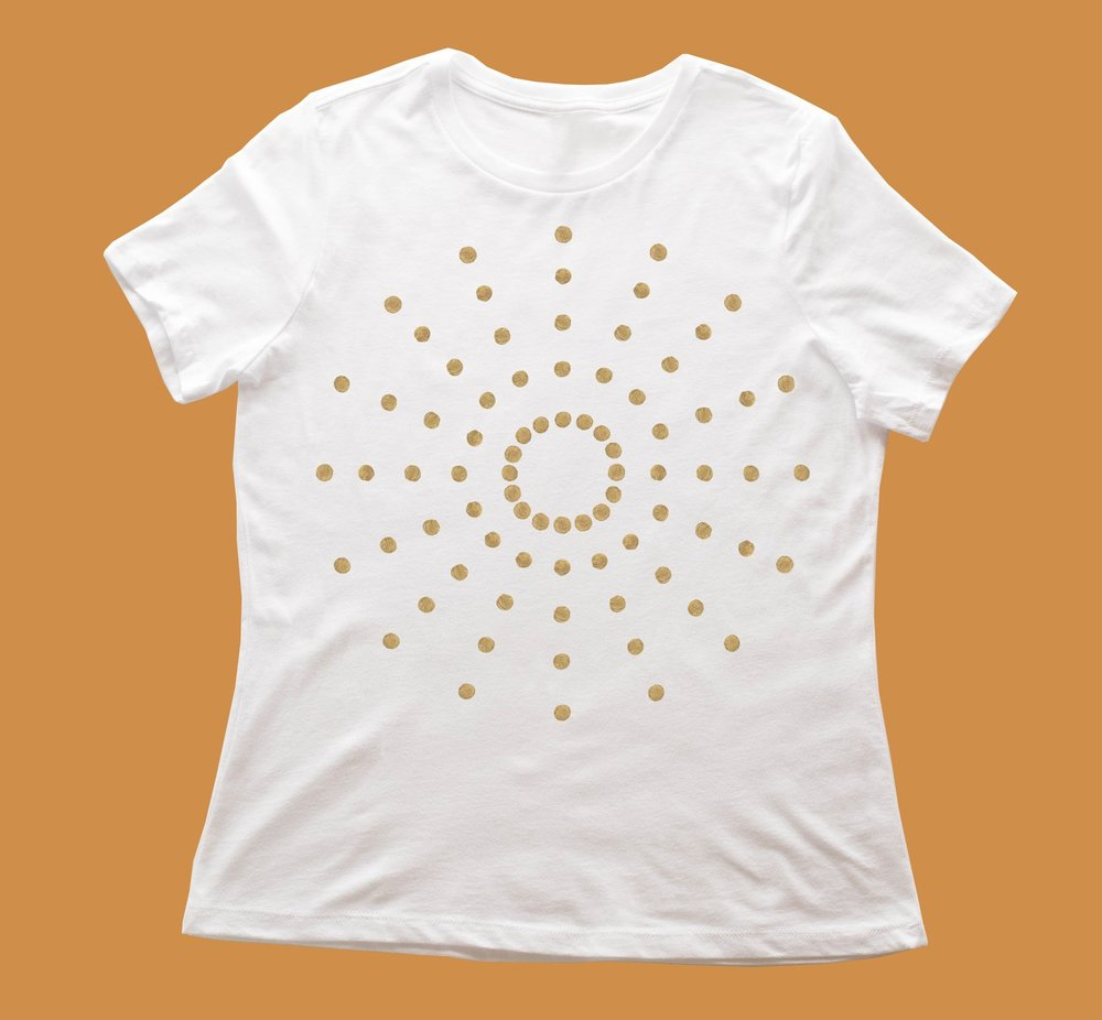 """GIRLFRIEND TEES - The """"girlfriend"""" tee runs true to women's sizing. If you're a girl that likes a very loose fit, order a size up. It is not a slim fitting shirt and is not slim through the body. The sleeves are a little longer than the femme tee and it's a great shirt to do a little tuck in the front."""